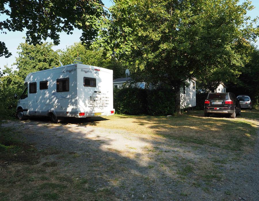camping-le-moulin-des-effres-emplacement-camping-car