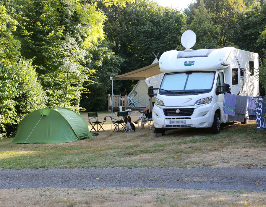 camping-le-moulin-des-effres-emplacement-caravane