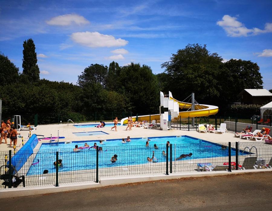 piscine-toboggan-camping-le-moulin-des-effres-secondigny